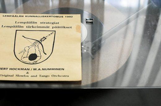 Kulttuuripolitiikkaa M.A. Nummisen kanssa?